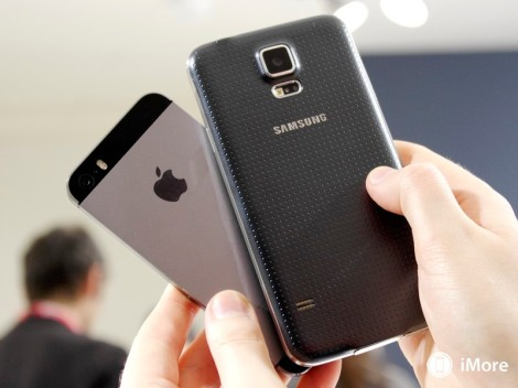 galaxys5_iphone5s_rear
