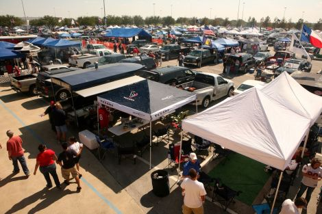 Tailgaters_00052